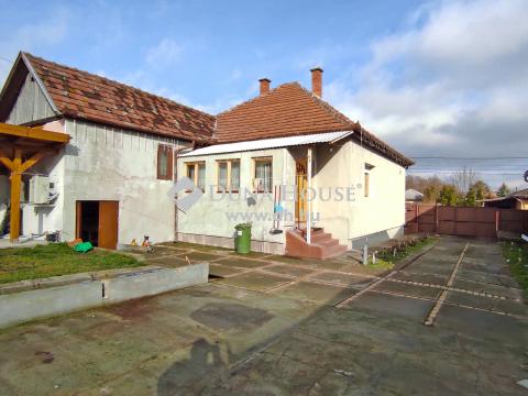 Eladó Ház, Pest megye, Tura - Kastély  közelében
