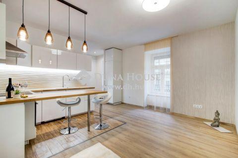 Eladó Lakás, Budapest - Exkluzív design lakás AUTÓBEÁLLÁSI lehetőséggel!