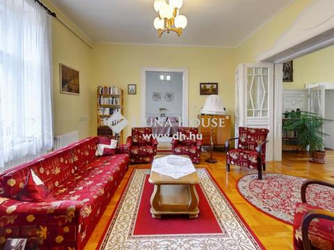 Eladó Ház, Pest megye, Nagykőrös - Jó állapotú, élhető családi ház Nagykőrösön a Belváros közelében!