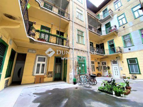 Eladó Lakás, Budapest 7. kerület - Egyetemek szomszédságában minigarzon