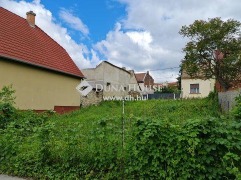 Eladó Telek, Baranya megye, Pécs - Belvárosban telek 70%os beépíthetőséggel eladó