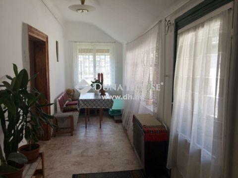 Eladó Ház, Bács-Kiskun megye, Kecskemét - Csáktornyai utca környékén
