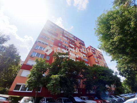 Eladó Lakás, Budapest - Szigetelt épületben, költségosztós távfűtéssel