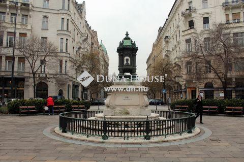 Eladó Lakás, Budapest 5. kerület - Batthyány-örökmécses közelében, I.emeleti, utcára néző