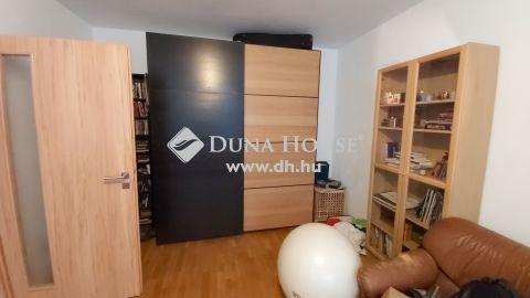 Eladó Lakás, Budapest 3. kerület - Békásmegyer hegy felőli oldal